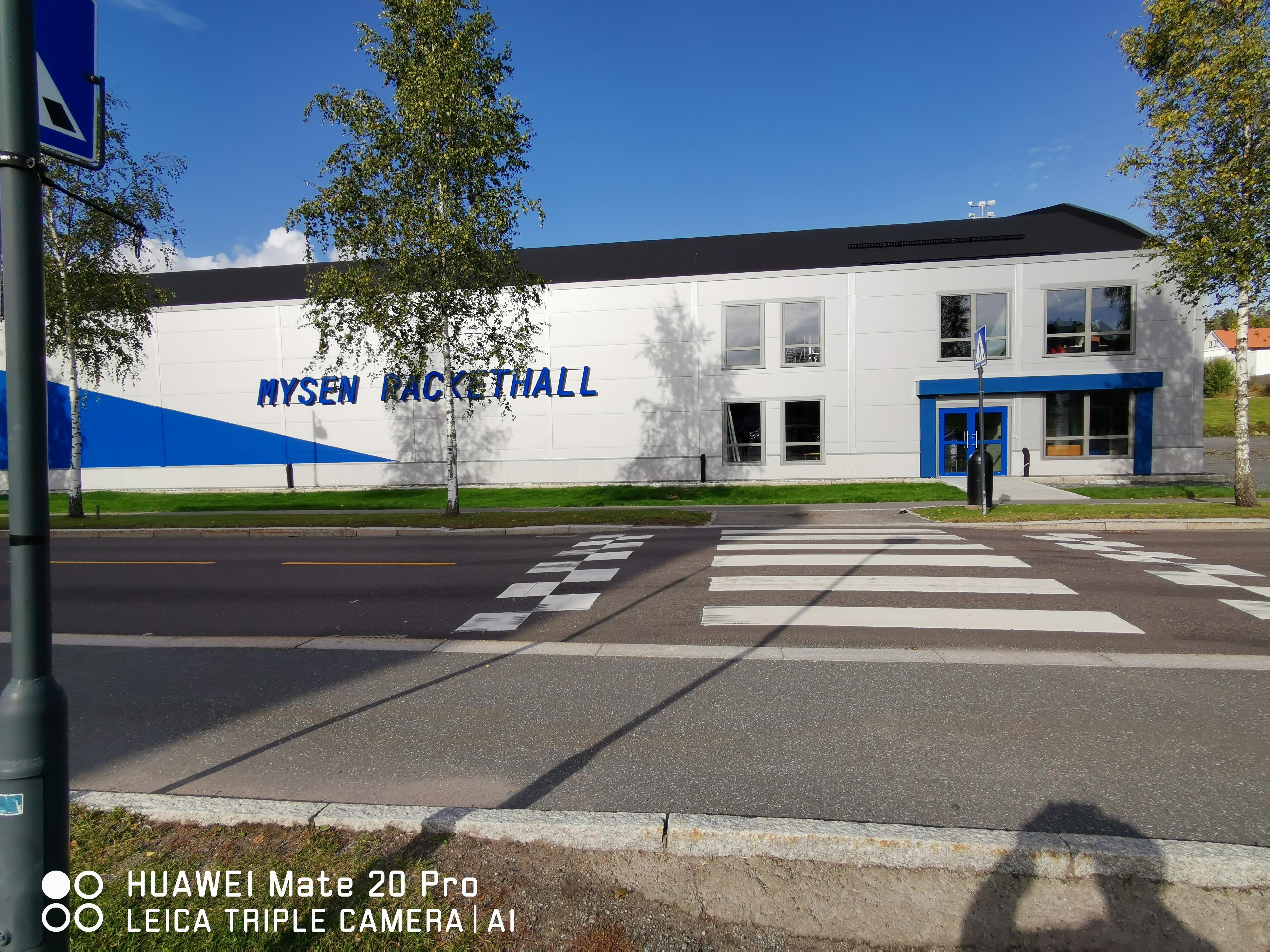 Fasade Mysen Rackethall