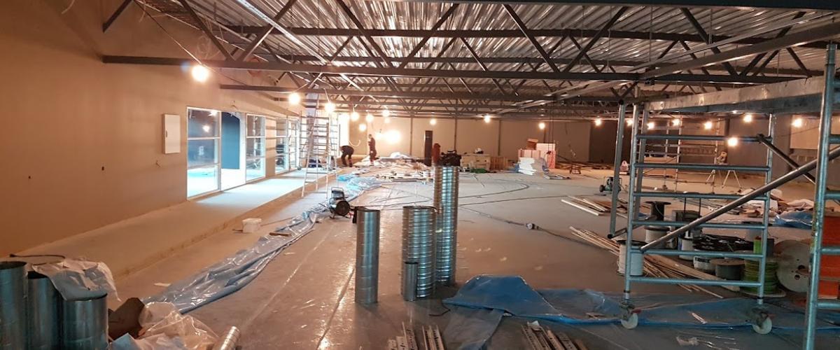 Bygging innendørs i Kuleisen, under oppføring.