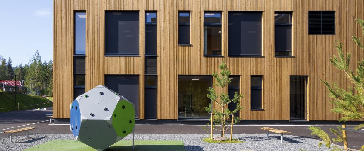 Fasadebilde Skattekista med uteområde