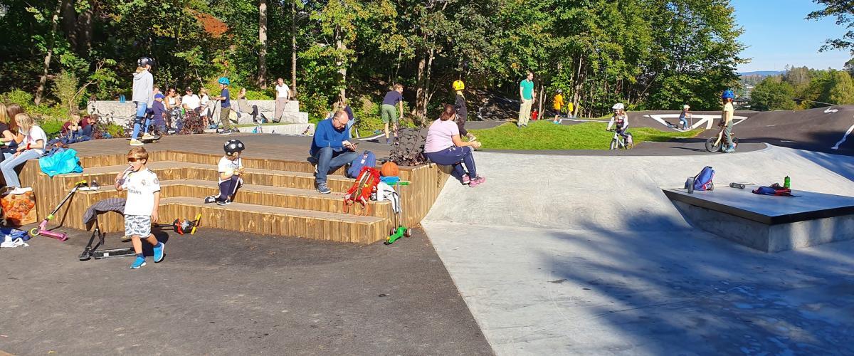 Hvalstad aktivitetspark sosial sone