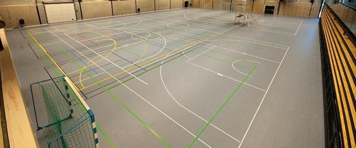 Idrettshallen i Bærum idrettspark. Foto: Trond Joelson, Byggeindustrien